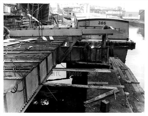 Navy Yard welders Old Vintage Photos and Images