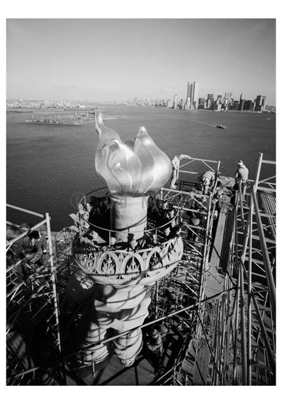 New Torch & Flame in place- workers begin to dismantle scaffolding December 17, 1985 - Statue of Liberty Old Vintage Photos and Images
