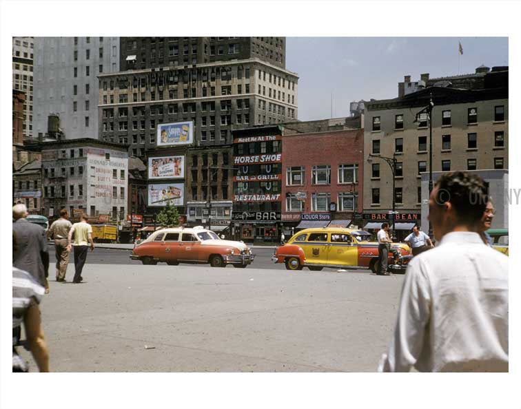 New York 1950s street scene with yellow taxis passing by Old Vintage Photos and Images
