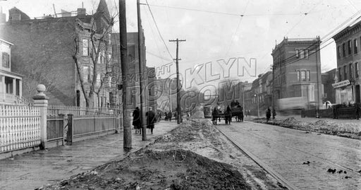 Ninth Street looking southeast to Fourth Avenue (Gowanus), 1918 B Old Vintage Photos and Images