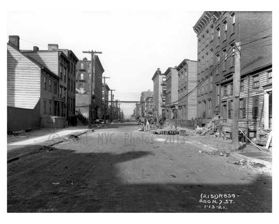 North 7th Street - Williamsburg - Brooklyn, NY  1918 Old Vintage Photos and Images