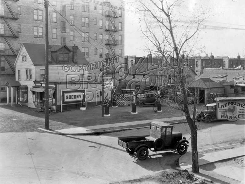Northwest corner Locust Avenue and East 14th Street, 1929 Old Vintage Photos and Images