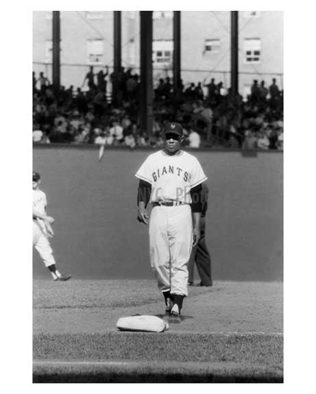NY Giants -  Wille Mays at the Polo grounds 1957