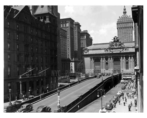 Outside Grand Central Station Midtown Manahattan circa 1930 NYC Old Vintage Photos and Images