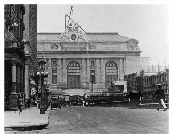 Park Avenue North to Grand Central -  Midtown East Manhattan 1914 NYC Old Vintage Photos and Images