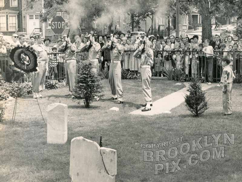 Patriotic Ceremony at Barkaloo Cemetery - Narrows Avenue & Mackay Place, c.1960