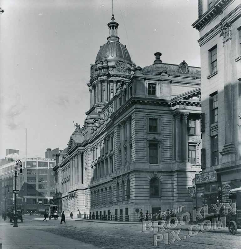 Police Headquarters on Centre Street, c.1915 Old Vintage Photos and Images