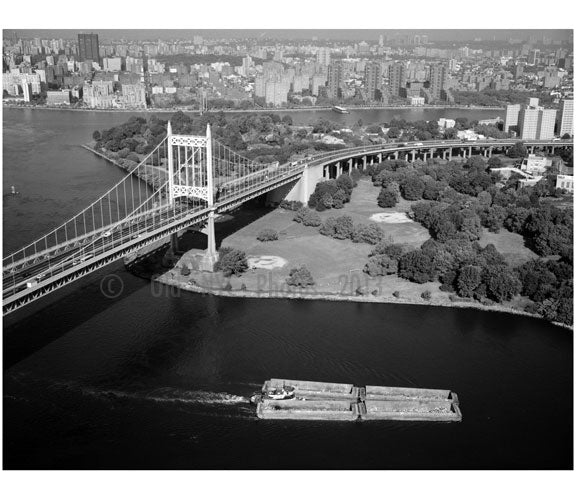 Randall's Island Tower, anchorage & viaductof the Triborough suspension bridge Old Vintage Photos and Images
