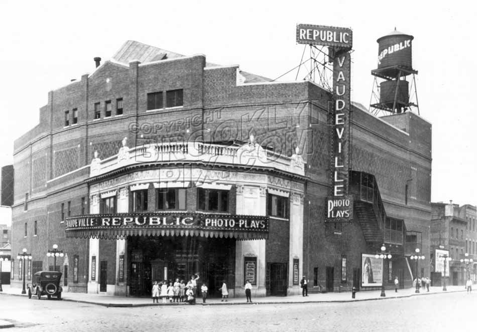 Republic Theater, Grand Street Extension at Keap Street, 1930 Old Vintage Photos and Images