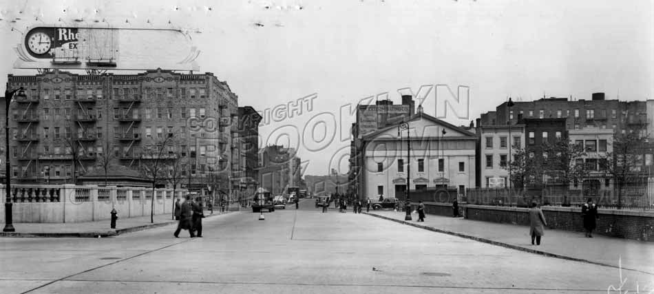 Roebling Street looking north from South 5th Street to South 4th Street, 1939 Old Vintage Photos and Images