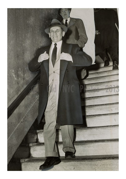 Sharply Dressed ganster - Meyer Lansky as he left the courthouse in NYC Old Vintage Photos and Images
