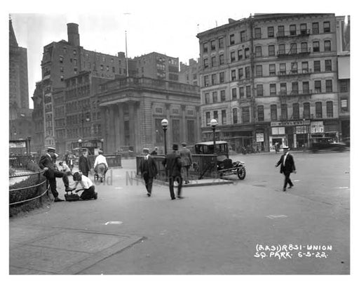Shoe shiners & IRT entrance at Union Square Park , NY  1922 IV Old Vintage Photos and Images
