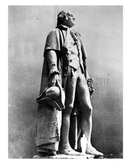 Statue of George Washington at the Worlds Fair 1939 - Flushing - Queens - NYC Old Vintage Photos and Images
