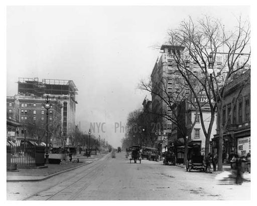 Street view of 109th Street & Broadway - Upper West Side - New York, NY 1910 Old Vintage Photos and Images