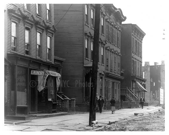Ten Eyck Street  - Williamsburg - Brooklyn, NY 1918 B Old Vintage Photos and Images