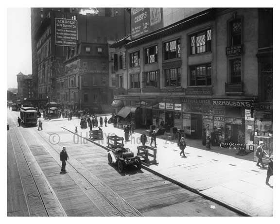 The scene outside of Grand Central Station - Midtown Manhattan 1911 Old Vintage Photos and Images