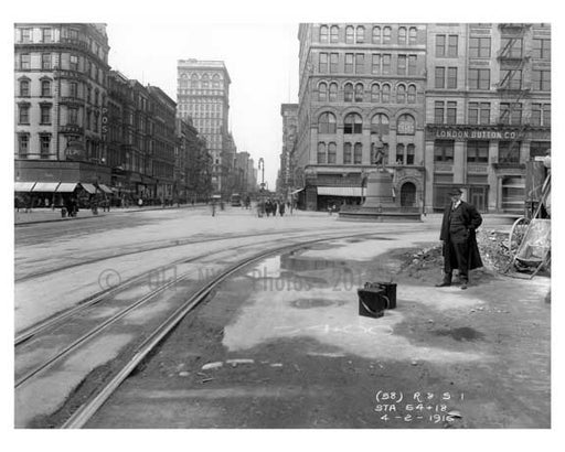 Union Square  - Greenwich Village - Manhattan, NY 1916 Old Vintage Photos and Images