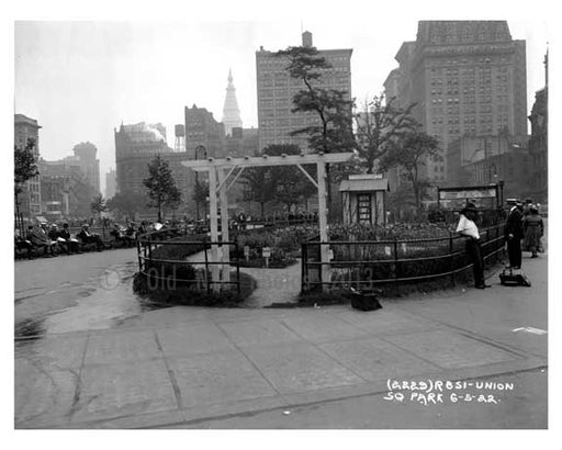 Union Square Park , NY  1922 I Old Vintage Photos and Images