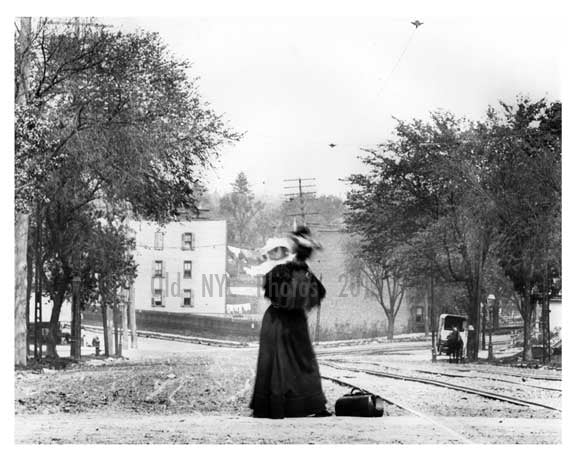 Upclose shot of Mother and child on 179th Street & Boston Road -  Bronx, NY 1903 Old Vintage Photos and Images