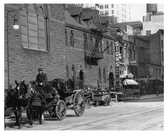 Upclose view of 7th Avenue 39th & 40th Streets - Midtown - Manhattan  1914 Old Vintage Photos and Images