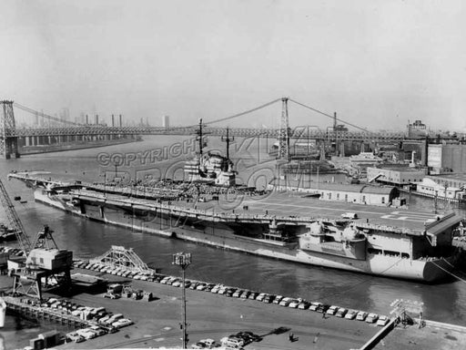USS Saratoga., 52,000 tons, 1956 Old Vintage Photos and Images