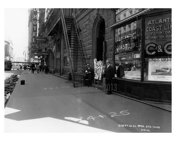 West 34th Street & Broadway - Midtown Manhattan - NY 1914 D Old Vintage Photos and Images