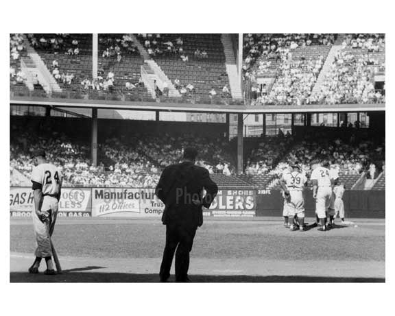 Willie Mays at bat - Dodgers pitching conference at Ebbets Field 1957 3