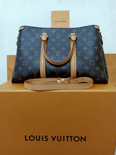 Load image into Gallery viewer, Preloved Louis Vuitton