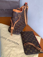 Load image into Gallery viewer, Preloved Louis Vuitton Mono Neverfull MM Totebag