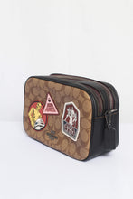 Load image into Gallery viewer, Signature Star Wars Patches Jes Crossbody Bag F88010 In Khaki