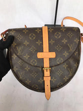 Load image into Gallery viewer, PRELOVED Louis Vuitton Mono Chantilly MM Shoulder Bag