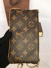 Load image into Gallery viewer, PRELOVED Louis Vuitton Milla Pochete