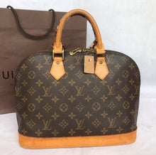 Load image into Gallery viewer, PRELOVED Louis Vuitton Mono Alma Handbag