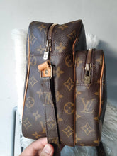 Load image into Gallery viewer, PRELOVED LOUIS VUITTON MONO NILE GM SHOULDER BAG