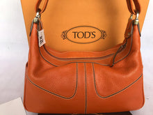 Load image into Gallery viewer, PRELOVED Tods Shoulder/HandBag