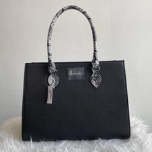 Load image into Gallery viewer, Harrods Matilda Shoulder Bag