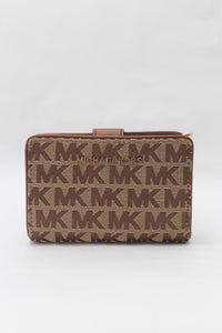 Michael Kors Jet Set Travel Medium Bifold Zip Corner Wallet 35H9GTVF6J (Beige/Ebony/Luggage)