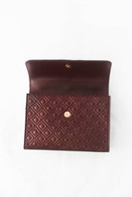 Load image into Gallery viewer, Tory Burch Fleming Convertible 43833 Shoulder Bag In Claret