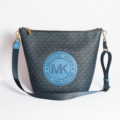 192877941934 Michael Kors Large Fulton Sport Zip Bucket Messenger Bag 35F9GF0M3B In Dark Chambray Multi
