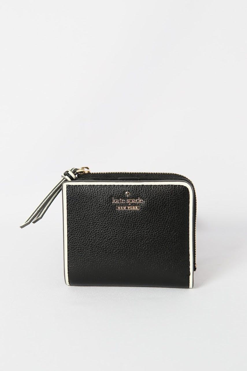 Kate Spade Patterson Drive Painted Edge Small L-Zip Bifold wallet WLRU5596 (black/ brightwhite)