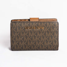 Load image into Gallery viewer, Michael Kors Jet Set Travel Medium Bifold Zip Coin Wallet 35F8GTVF2B In Brown Acorn