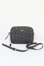 Load image into Gallery viewer, Kate Spade Briar Lane Quilted Camera Crossbody Bag WKRU6386 In Black