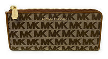 Load image into Gallery viewer, MICHAEL KORS IN SIGNATURE JET SET LARGE THREE QUARTER ZIP WALLET (BEIGE/EBONY)