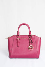 Load image into Gallery viewer, MICHAEL KORS CIARA MEDIUM MESSENGER LEATHER 35S8GC6M2L IN MAGENTA