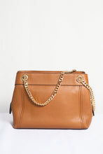Load image into Gallery viewer, MICHAEL KORS JET SET ITEM MEDIUM CHAIN MESSENGER LEATHER 35T9GTTM6L IN LUGGAGE