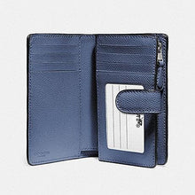 Load image into Gallery viewer, Coach Medium Corner Zip Wallet in Crossgrain Leather F11484 (Silver/Blue Lavender)