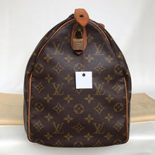 Load image into Gallery viewer, PRELOVED Louis Vuitton Mono Keepal 45 Bag