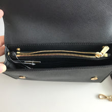 Load image into Gallery viewer, MICHAEL KORS JET SET TRAVEL 3IN1 WRS CLUTCH CROSSBODY BLACK