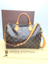 Load image into Gallery viewer, PRELOVED Louis Vuitton Mono Speedy 30B