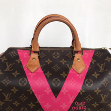Load image into Gallery viewer, Preloved Louis Vuitton Limited Edition V Grenade Speedy 30